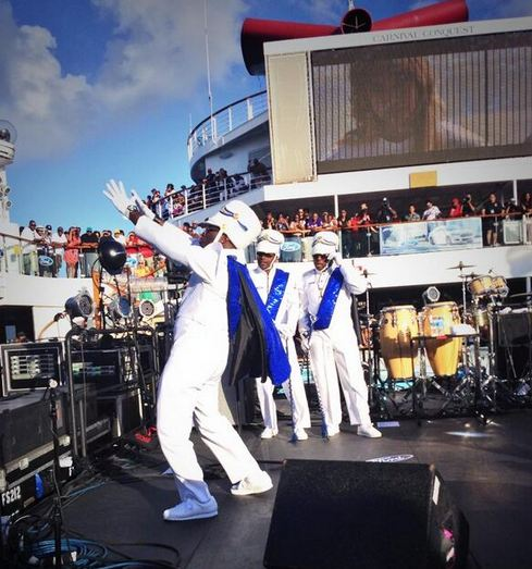 We keep the crowd crunk on the 2014 Fantastic Voyage!