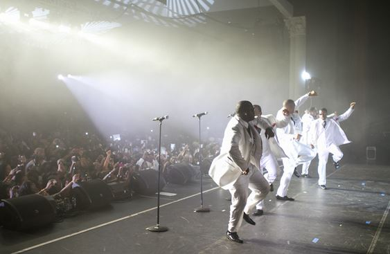 """New Edition shows out at """"White Night""""!"""
