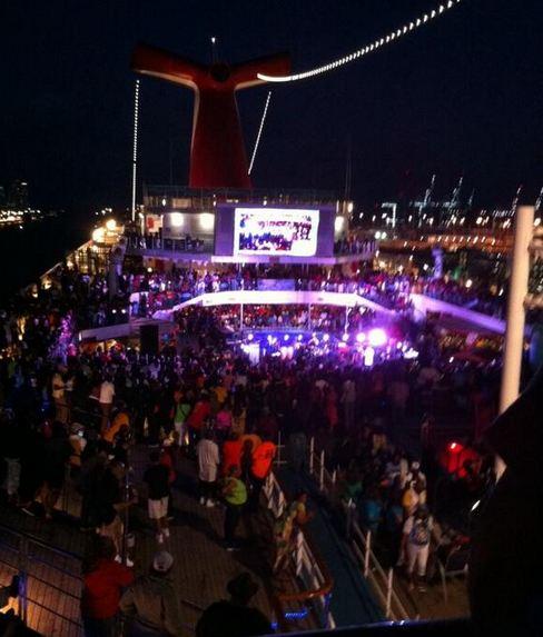 It's a party, it's a party, it's a PARTY on the 2014 Fantastic Voyage stage!