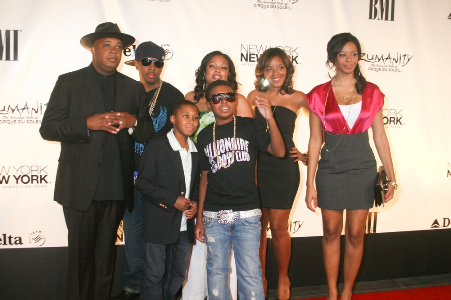 Michael Bivins with his wife Teasha and their children