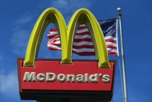 A sign for a McDonald's restaurant