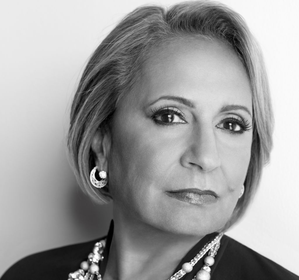 why is cathy hughes nervous about media foxy 107 1 104 3. Black Bedroom Furniture Sets. Home Design Ideas