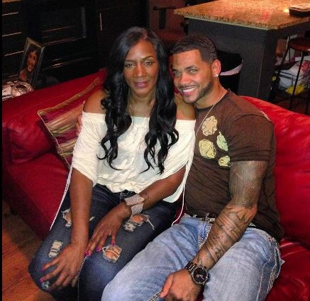 Momma dee dating