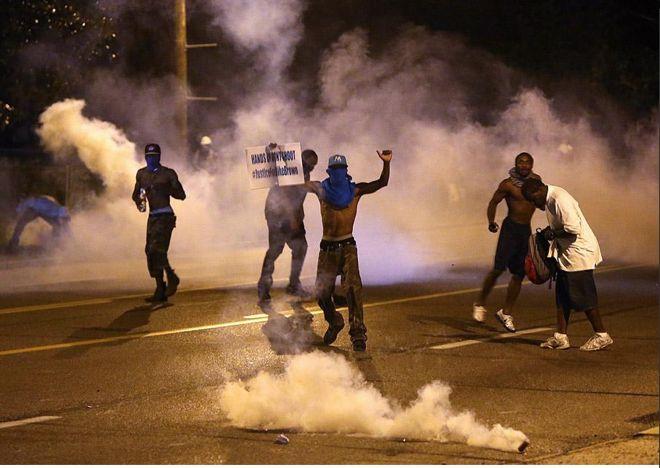 ap-fergusonprotests-660