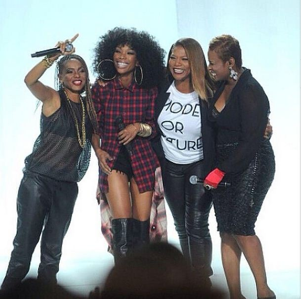 Brandy, MC Lyte, Yoyo and Queen Latifah reunite on stage after 20 years since recording the remix to 'I Wanna Be Down'