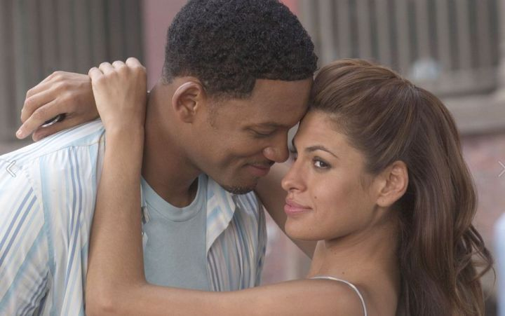 Alex and Sela in 'Hitch'