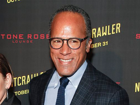 Lester Holt Belts Out 'Lovely Day' in NYC BBQ Joint [Video]