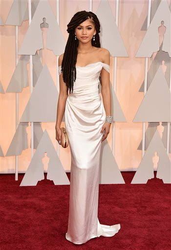 Zendaya said goodbye to her controversial faux dreads…