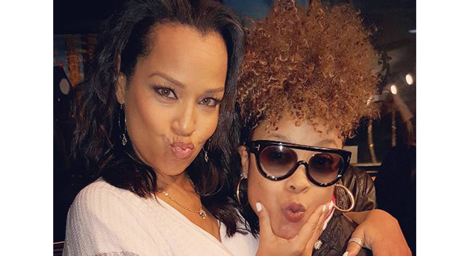 LisaRaye McCoy is the older half-sister of rapper Da Brat; they share the same father.
