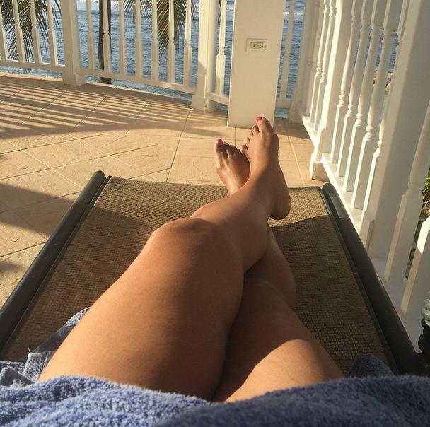 Sherri Shepherd relaxing in Jamaica