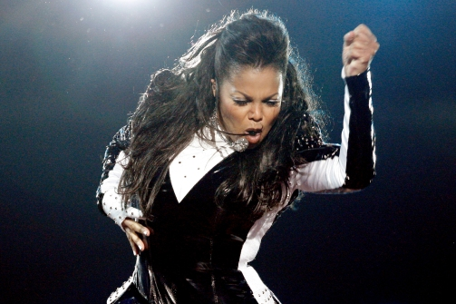 Plastic Surgeon Fear Janet Jackson's Nose Is 'Collapsing!'
