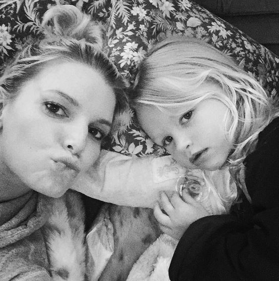 Maxwell Drew and her mom Jessica Simpson