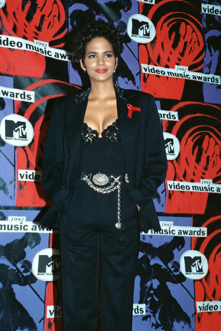 Halle Berry – 1992