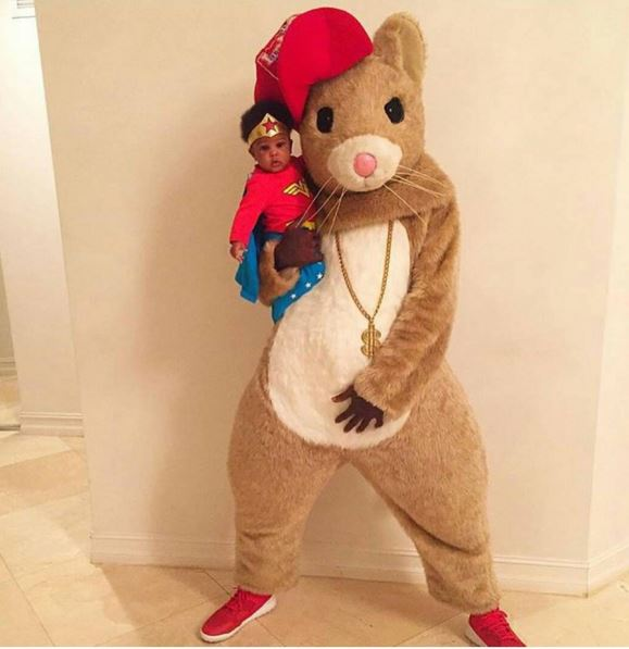 Ochocinco and daughter Kennedi as the Hamster from the Kia commercial