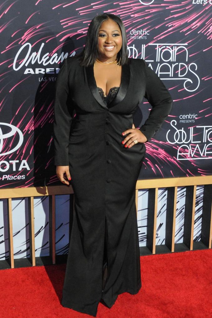 11/06/2015 - Jazmine Sullivan - 2015 Soul Train Music Awards - Arrivals - The Orleans Arena - Las Vegas, NV, USA - Keywords: full length, singer, dress Orientation: Portrait Face Count: 1 - - Photo Credit: Aaron J. Thornton / PR Photos - Contact (1-866-551-7827) - Portrait Face Count: 1