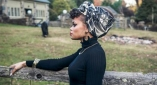[WATCH] Grammy Nominee Andra Day Talks Being Discovered By Stevie Wonder, Unique Sense Of Style & More