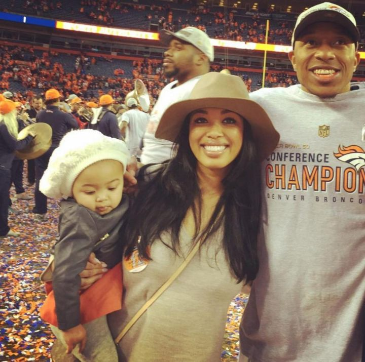 Chris Harris of the Broncos, his wife Leah and their daughter