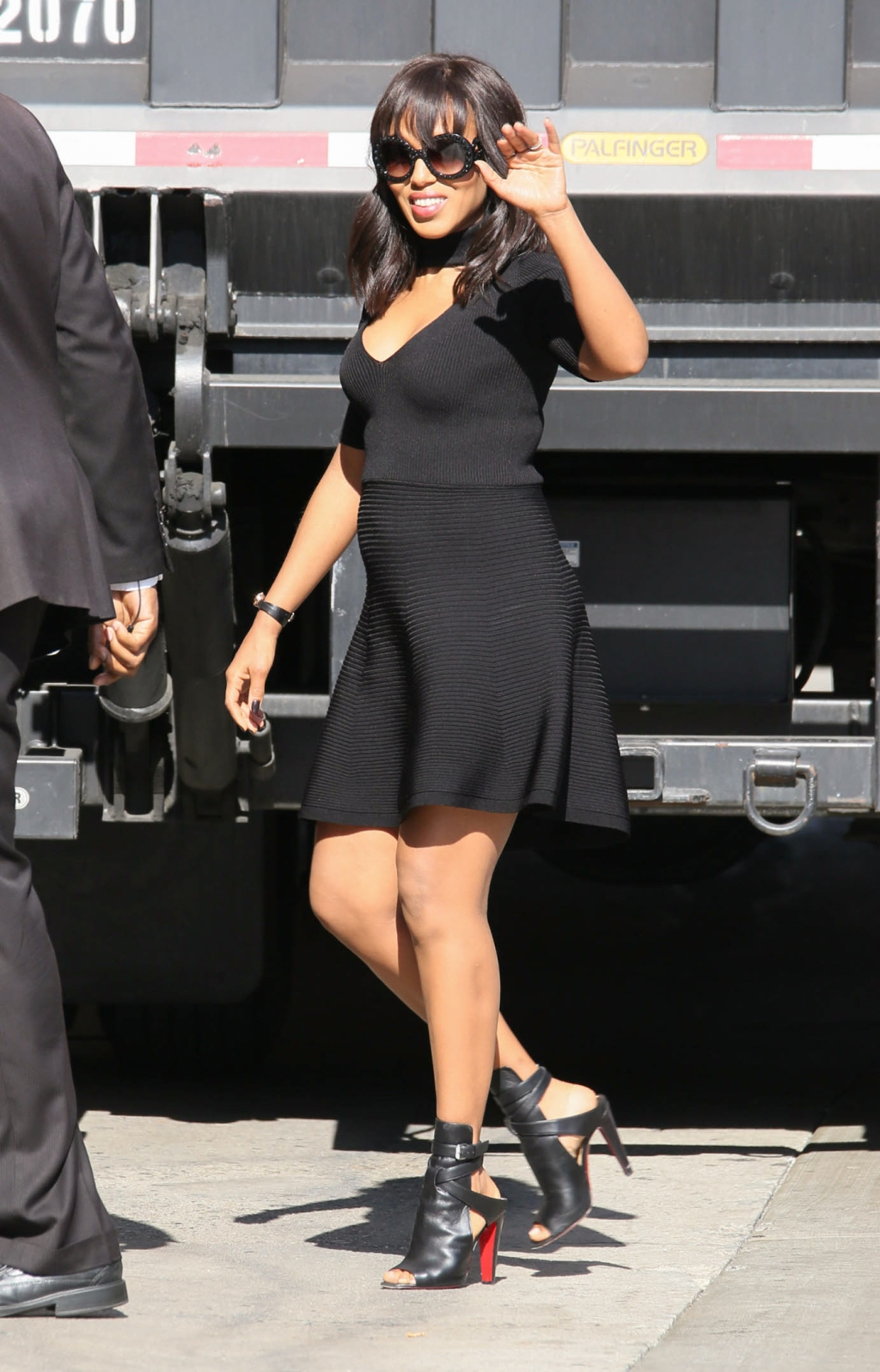 """05/12/2016 - Kerry Washington - Kerry Washington Sighted Arriving at """"Jimmy Kimmel Live!"""" on May 12, 2016 - """"Jimmy Kimmel Live!"""" Studio - Los Angeles, CA, USA - Keywords: Black open toe high heel shoes, Black Christian Louboutin high heel shoes, Full Length Shot, vertical, Watch, ring, rings, jewelry, Black Dress, Baby Bump, Pregnant, second pregnancy, Sunglasses, Shoulder Length Wavy Black Hair, American actress, """"Scandal"""", Olivia Pope, Arts Culture and Entertainment, Walking, Television Show Arrival, Arriving, Photography, Candid, Arts Culture and Entertainment, Person, People, Celebrities, Celebrity Sightings, Topix, Bestof, California Orientation: Portrait Face Count: 1 - False - Photo Credit: jmx2 / PRPhotos.com - Contact (1-866-551-7827) - Portrait Face Count: 1"""