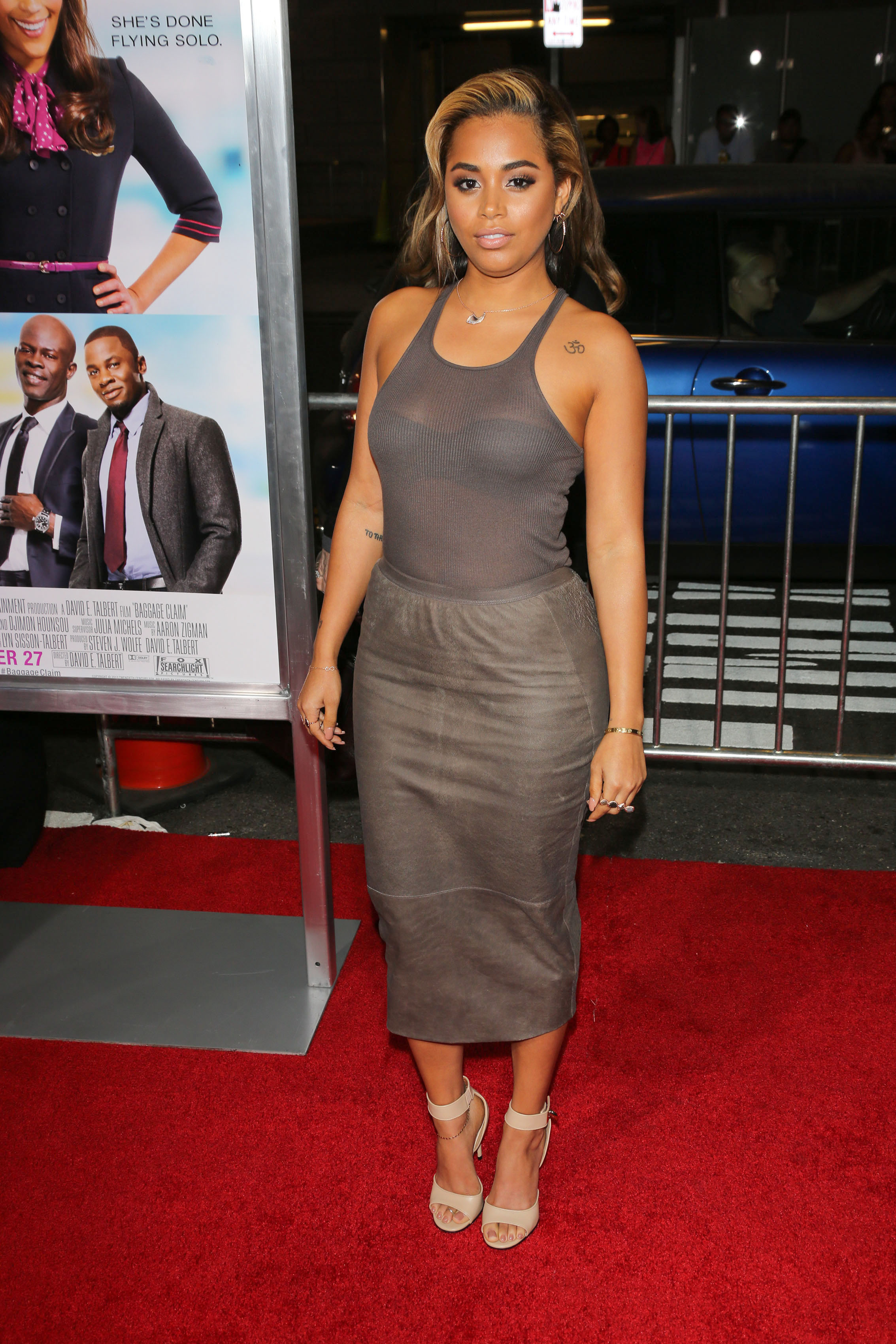 "09/25/2013 - Lauren London - ""Baggage Claim"" Los Angeles Premiere - Arrivals - Regal Cinemas L.A. Live - Los Angeles, CA, USA - Keywords: Fox Searchlight Pictures' ""Baggage Claim"" red carpet arrivals, celebrity, celebrities Orientation: Portrait Face Count: 1 - False - Photo Credit: Andrew Evans / PR Photos - Contact (1-866-551-7827) - Portrait Face Count: 1"