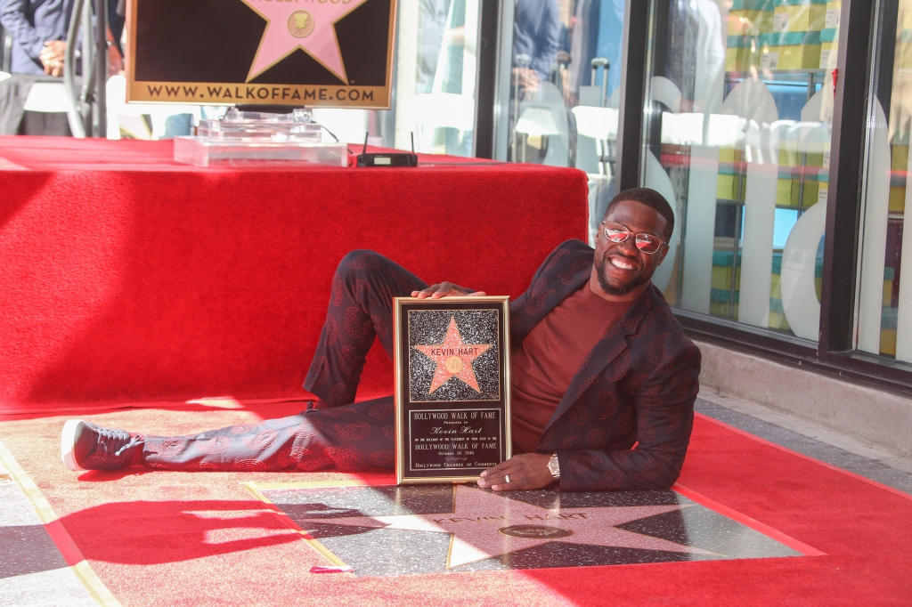 10/10/2016 - Kevin Hart - Kevin Hart Honored with a Star on the Hollywood Walk of Fame - Hollywood Walk of Fame - Hollywood, CA, USA - Keywords: Horizontal, American actor, comedian, writer, producer, film industry, movie, television, red carpet event, Ceremony, Person, People, Celebrity, Celebrities, WOF, HWOF, Photography, Photograph, Candid, Respect, Arts Culture and Entertainment, Attending, Topix, Bestof, Los Angeles, California Orientation: Portrait Face Count: 1 - False - Photo Credit: PRPhotos.com - Contact (1-866-551-7827) - Portrait Face Count: 1