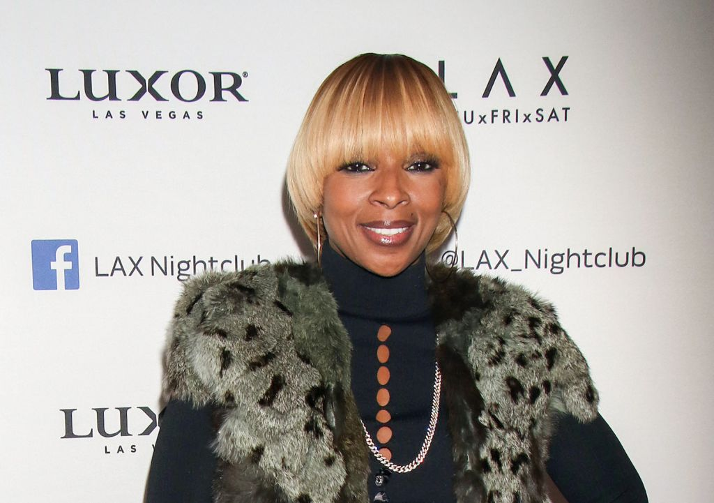"12/09/2016 - Mary J. Blige - Mary J. Blige Hosts the Official ""King & Queen of Hearts"" Tour Afterparty at LAX Nightclub in Las Vegas on December 9, 2016 - LAX Nightclub at Luxor Hotel & Casino, 3900 S Las Vegas Boulevard - Las Vegas, NV, USA - Keywords: Vertical, American singer, songwriter, model, record producer, actress, woman, Nevada, Music, Arrival, Portrait, Photography, Launch Event, Arts Culture and Entertainment, Celebrities, Celebrity, Person, People, After Party Orientation: Portrait Face Count: 1 - False - Photo Credit: PRN / PRPhotos.com - Contact (1-866-551-7827) - Portrait Face Count: 1"