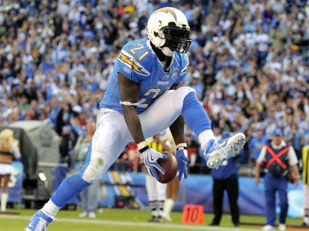 San Diego Chargers running back LaDainian Tomlinson celebrates his second touchdown during the third quarter of an NFL football game against the Kansas City Chiefs, Sunday, Nov. 29, 2009, in San Diego, Calif. (AP Photo/Chris Carlson)