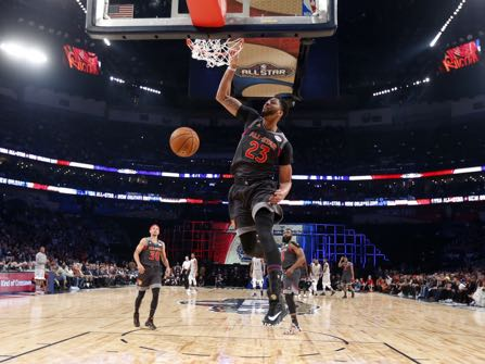 Western Conference forward Anthony Davis of the New Orleans Pelicans (23 ) slam dunksduring the first half of the NBA All-Star basketball game in New Orleans, Sunday, Feb. 19, 2017. (AP Photo/Gerald Herbert, Pool)