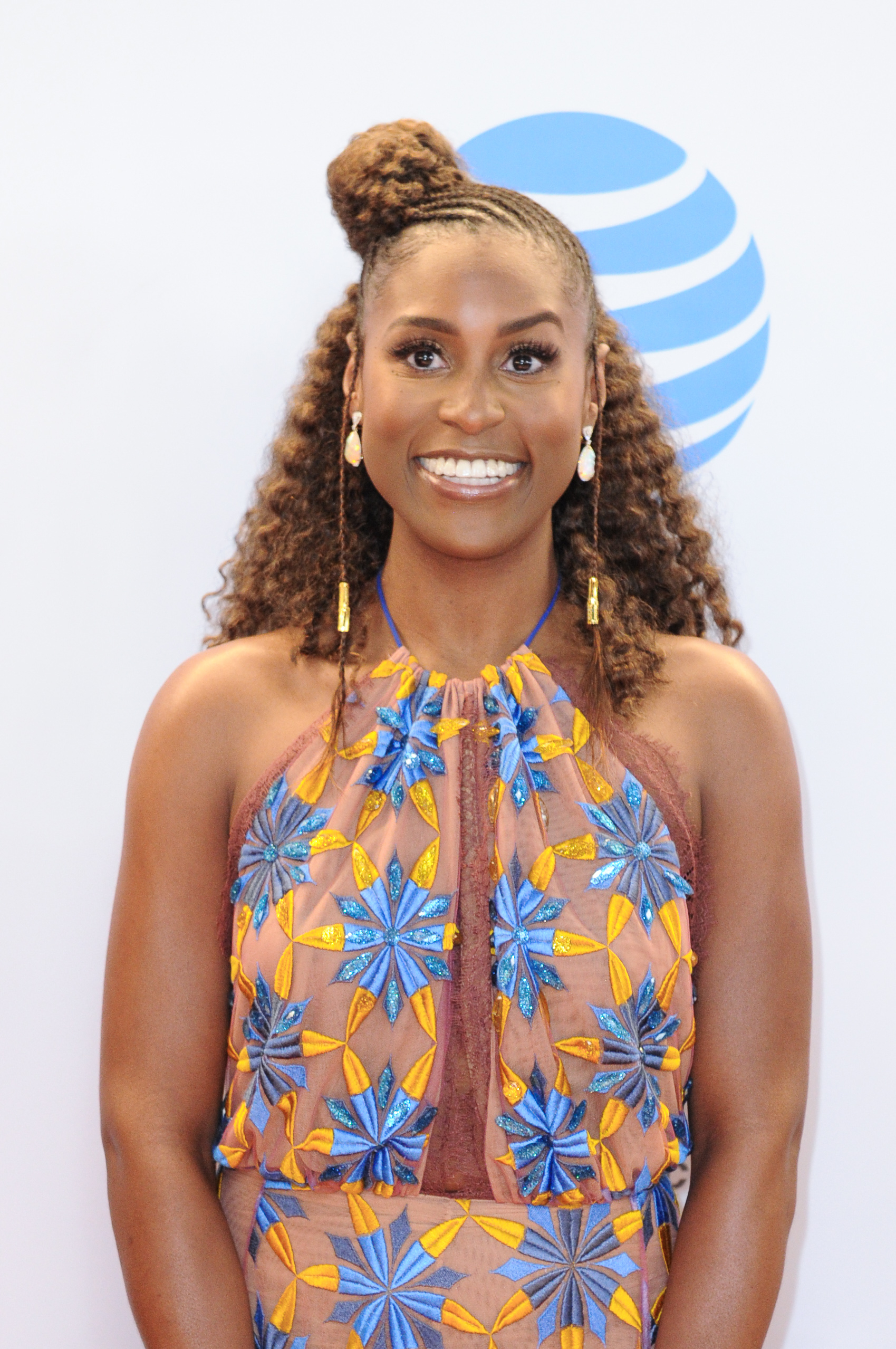 02/11/2017 - Issa Rae - 48th Annual NAACP Image Awards - Arrivals - Pasadena Civic Center - Pasadena, CA, USA - Keywords: 1/2 length, half length, actress Orientation: Portrait Face Count: 1 - False - Photo Credit: Aaron J. Thornton / PR Photos - Contact (1-866-551-7827) - Portrait Face Count: 1