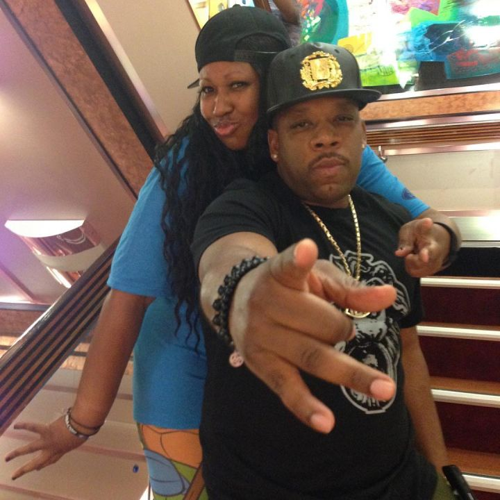 Michael Bivins and a cruise goer.