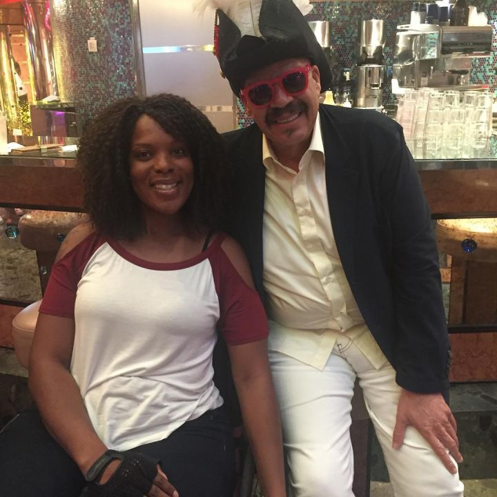 The Fly Jock, Tom Joyner hangs out with a pretty cruise goer.