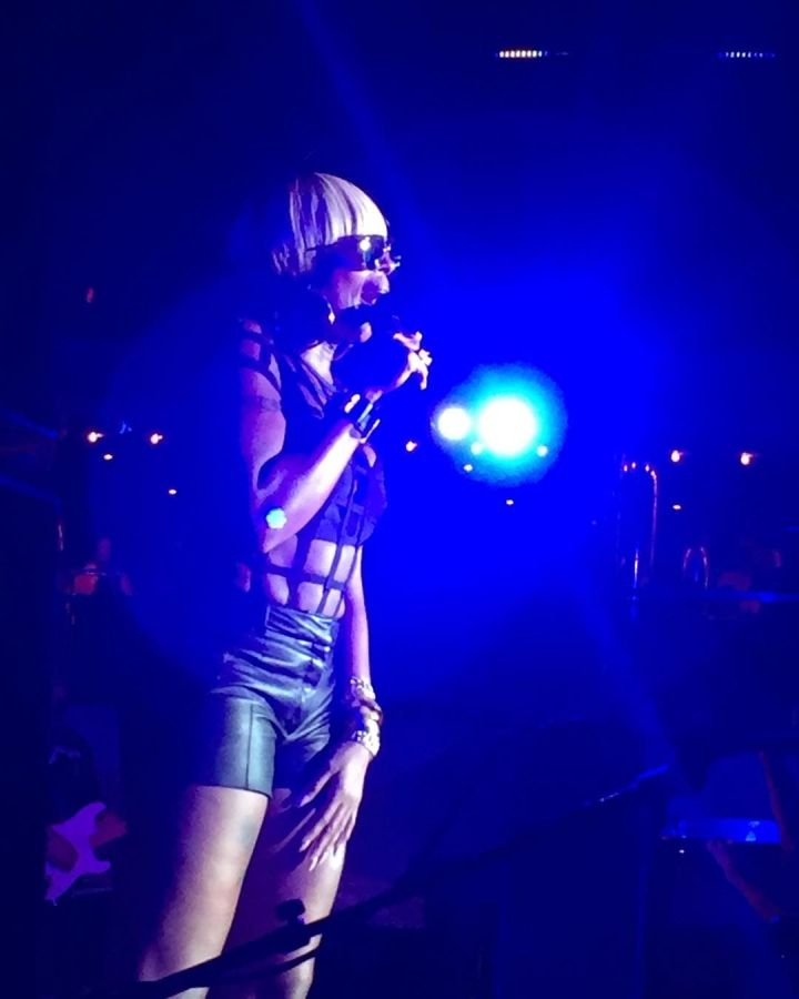 Mary J. Blige blesses the cruise with her soulful sound.