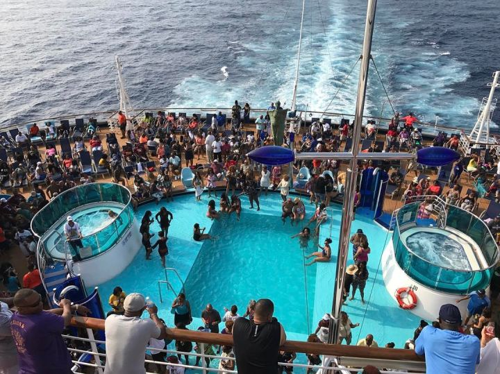 The view from the ship – don't you want to ride?