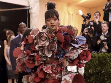 Rihanna stays slayin' and on theme, too.