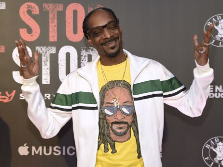Snoop Dogg Stands Over Trump's Body