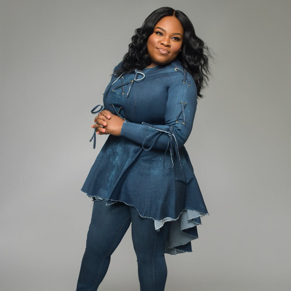 Is Tasha Cobbs Married? Who is Her Husband, Kenneth Leonard?