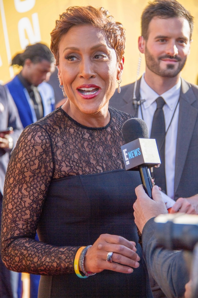 Robin Roberts was diagnosed with breast cancer in 2007 and returned to work a month after surgery & chemo on August 3, 2007 (AP)