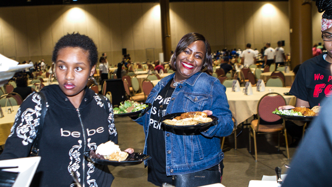 2017 Allstate Tom Joyner Family Reunion: Chicken & Waffles
