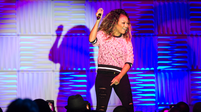 Chanté Moore Performes on the EXPO Stage