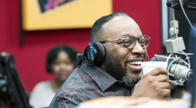 Marvin Sapp On Why He Decided Not To Take R  Kelly Off Of