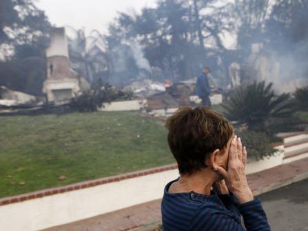 Largest Wildfire Eyes Communities Northwest Of Los Angeles Black America Web