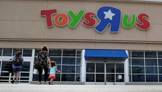 Toys r us hobbled by competition will shutter 180 stores for Michaels crafts hours of operation