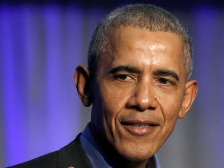 Barack Obama Makes Melania Trump Smile; Twitter Celebrates
