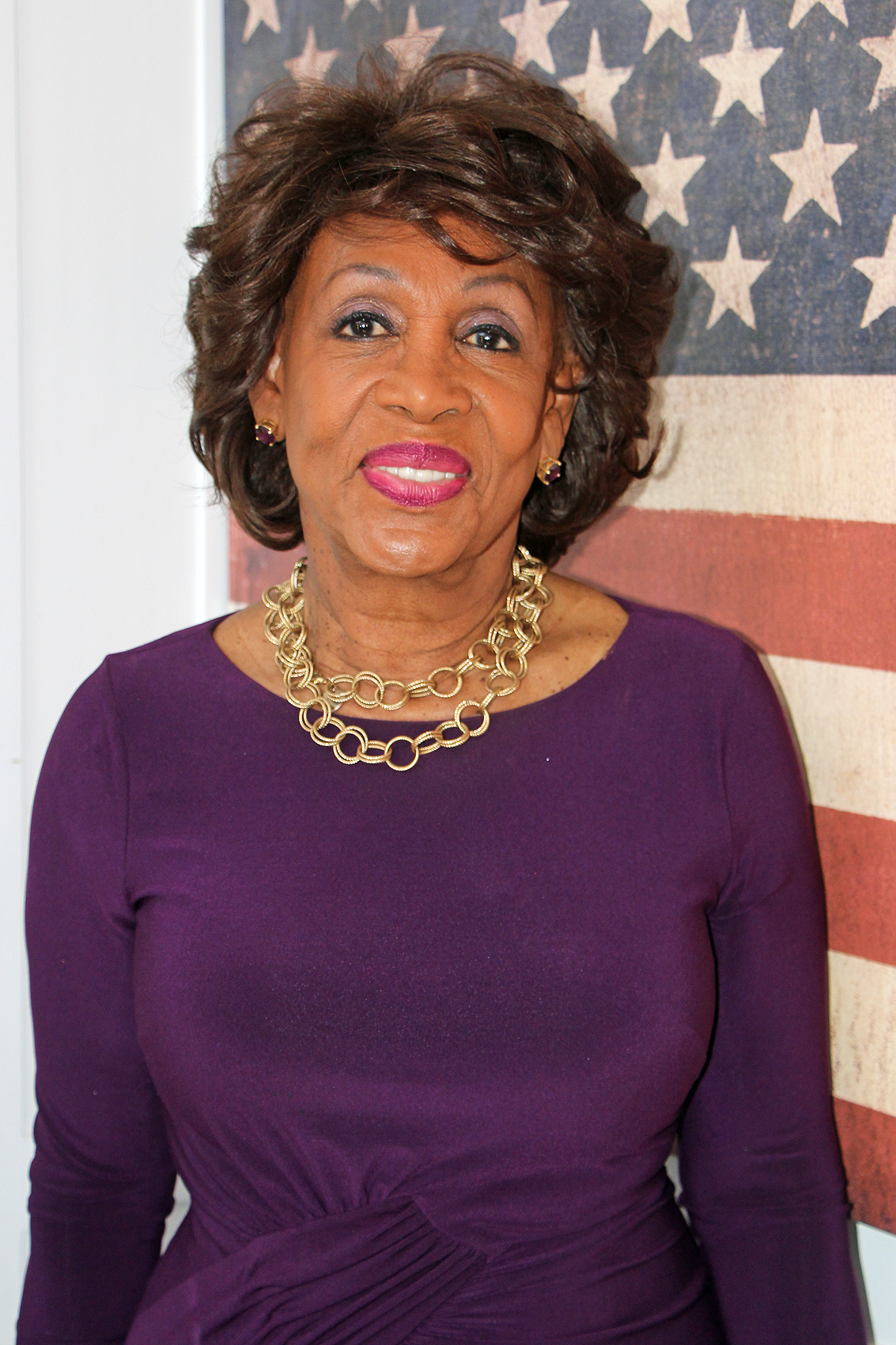 Maxine Waters Warns Trump 'Even Your Most Vocal Defenders Will Turn On Your Shutdown'