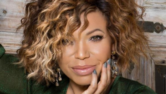 Tisha Campbell Finds Her Long-Lost Sister On 'The Real'