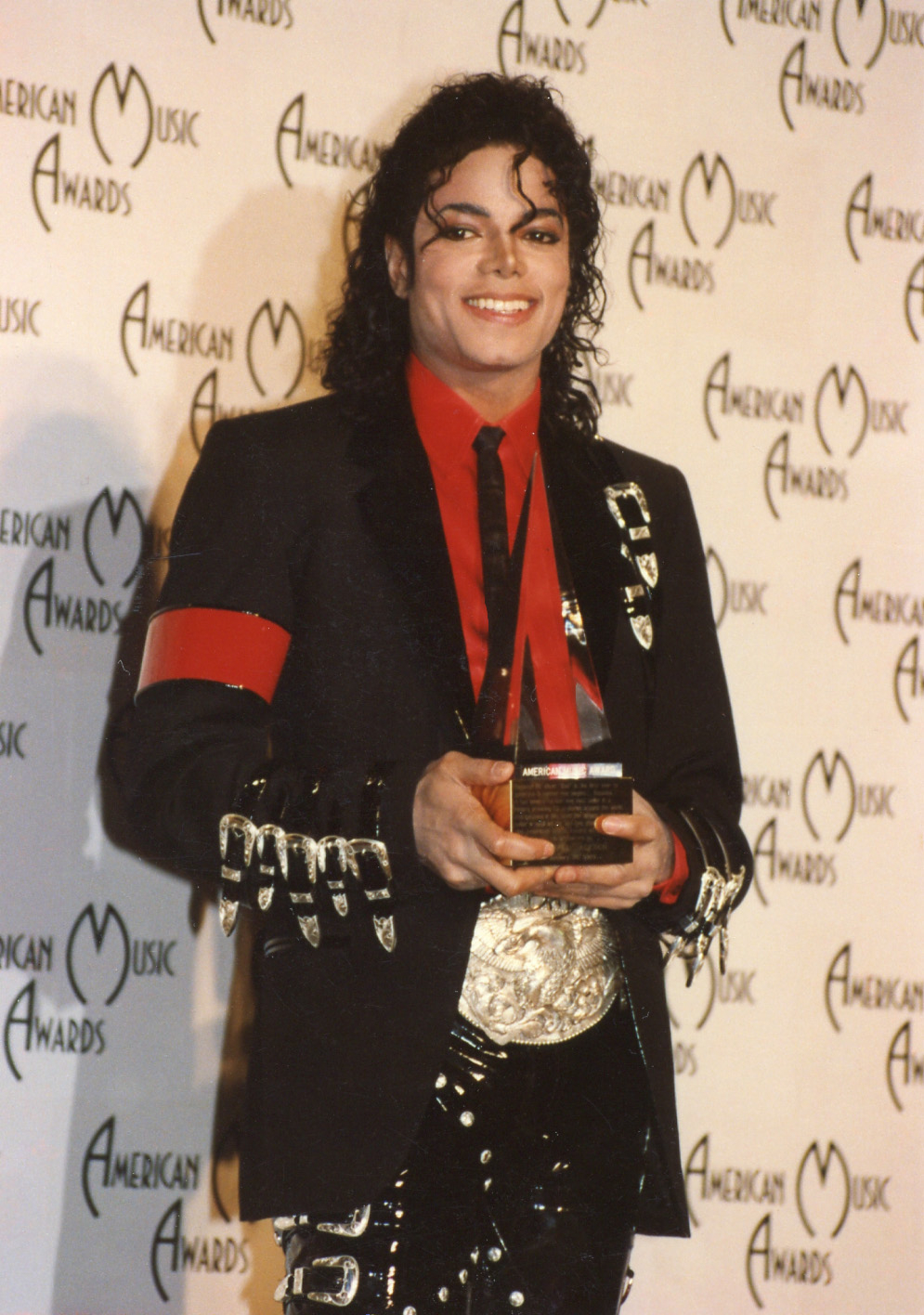 Michael Jackson S Autopsy Revealed Numerous Surgical Scars Black America Web