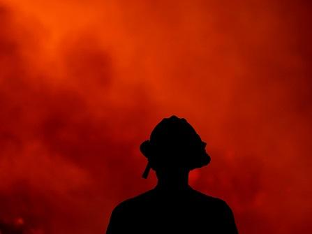 California Crews Scramble To Keep Flames From Reaching Homes