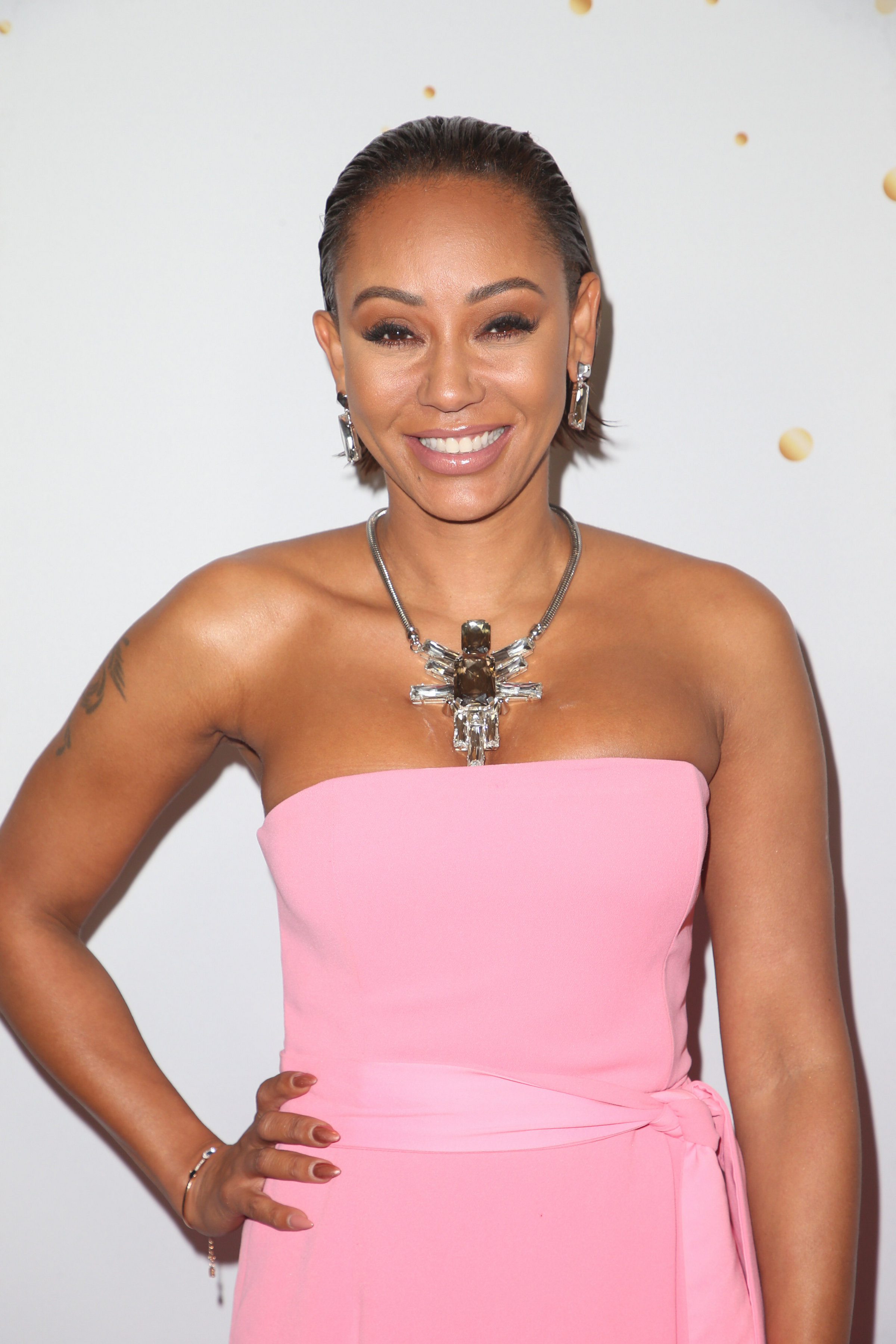 Mel B Hospitalized With 2 Broken Ribs But Won't Say What Happened