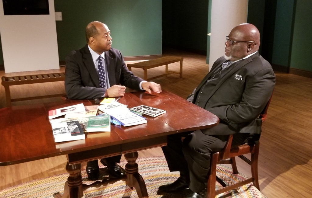 Bishop T D  Jakes Learns More About His Family History Via
