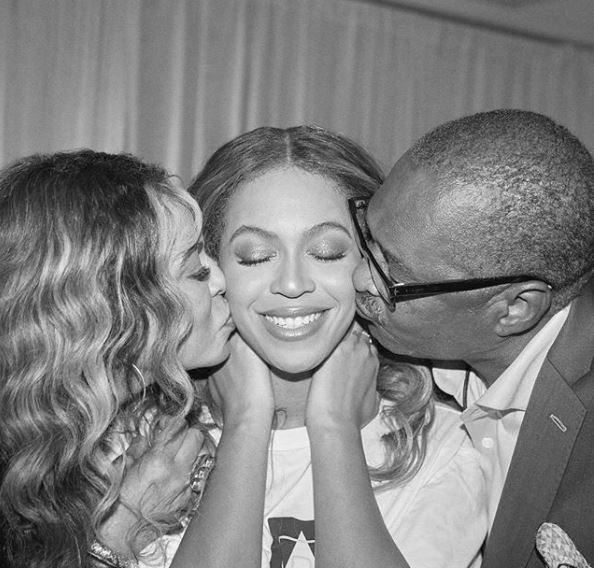 Family Reunion! Tina, Beyonce & Mathew Back Together At Last OTRII Stop