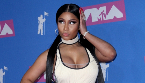 Nicki Minaj Gets Freaky With Boyfriend In 'Megatron' Music Video [Watch]
